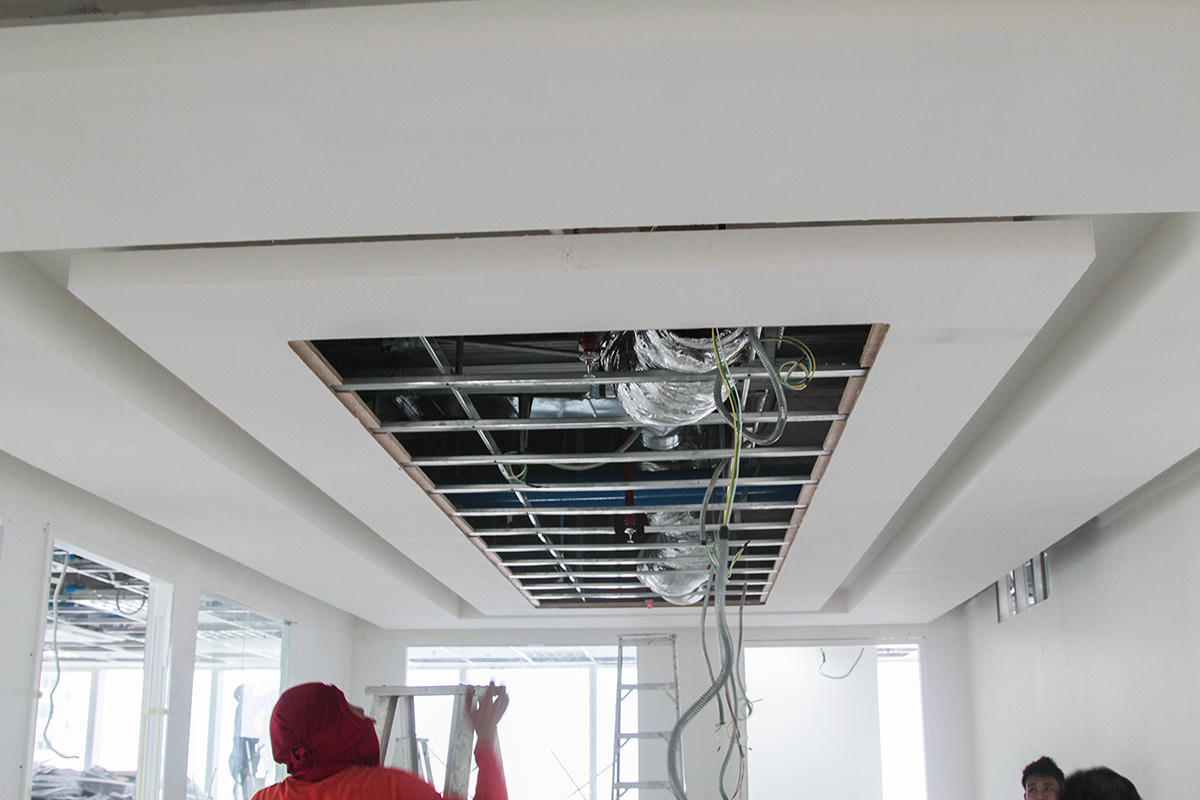 ceiling-fixture-mar19